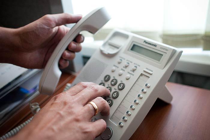 Koronawirus &ndash pomorski samorząd uruchomił specjalny telefon dla seniorów