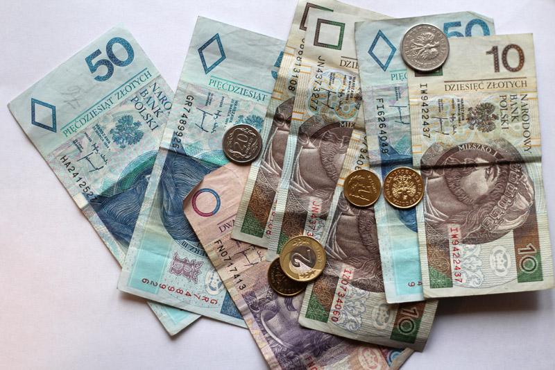 W kasie brakuje pieniędzy! Księgowa na dyscyplinarce