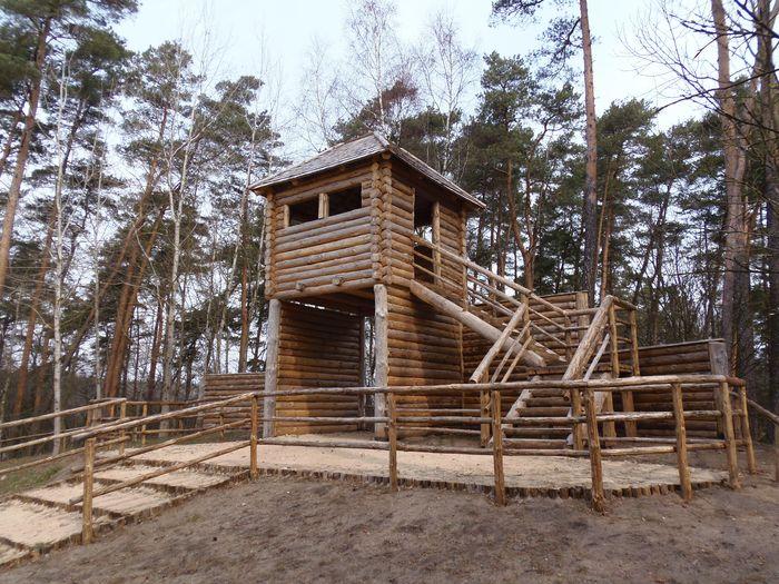 Tuchola zabezpiecza 400 tys. zł na odbudowę grodziska w Raciąż. Prawie drugie tyle dorzuca gmina Chojnice