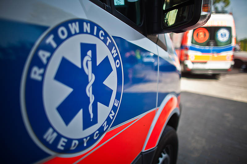 57-letni mieszkaniec Gdańska ranny w wypadku koło Kościerzyny. Zahaczył quadem o krawężnik