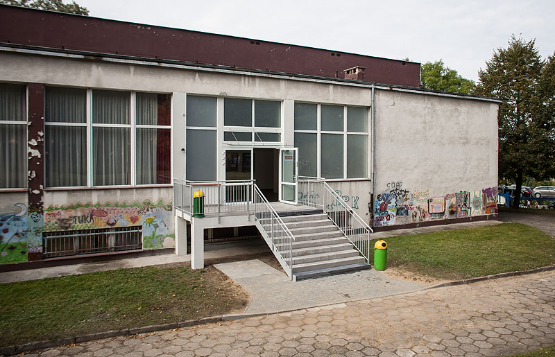 Winda w Chojnickim Domu Kultury