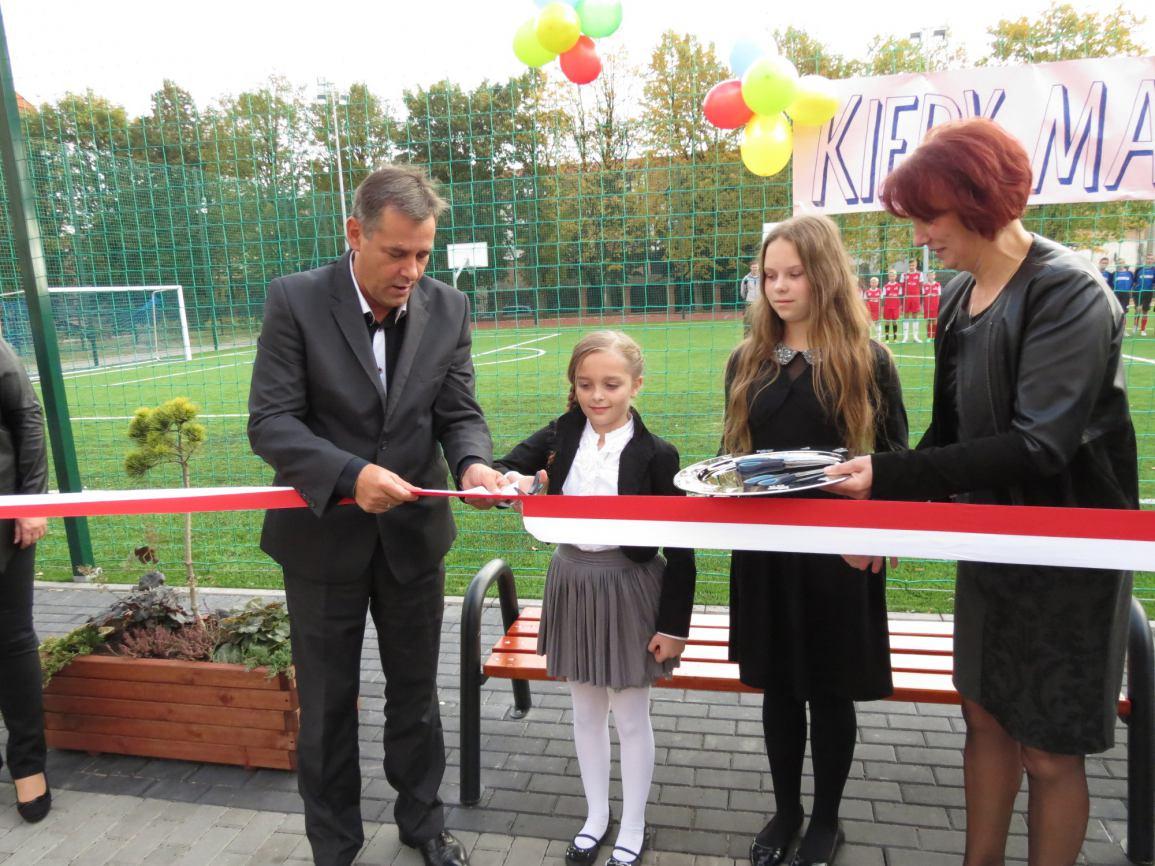 Oficjalne otwarcie boiska przy Szkole Podstawowej nr 1 i Gimnazjum nr 2