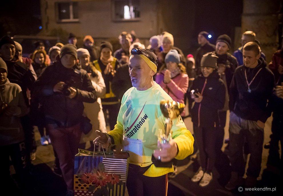 Ryszard Kałaczyński przebiegł setny maraton FOTO
