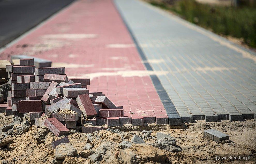 Rusza budowa chodników na terenie powiatu tucholskiego
