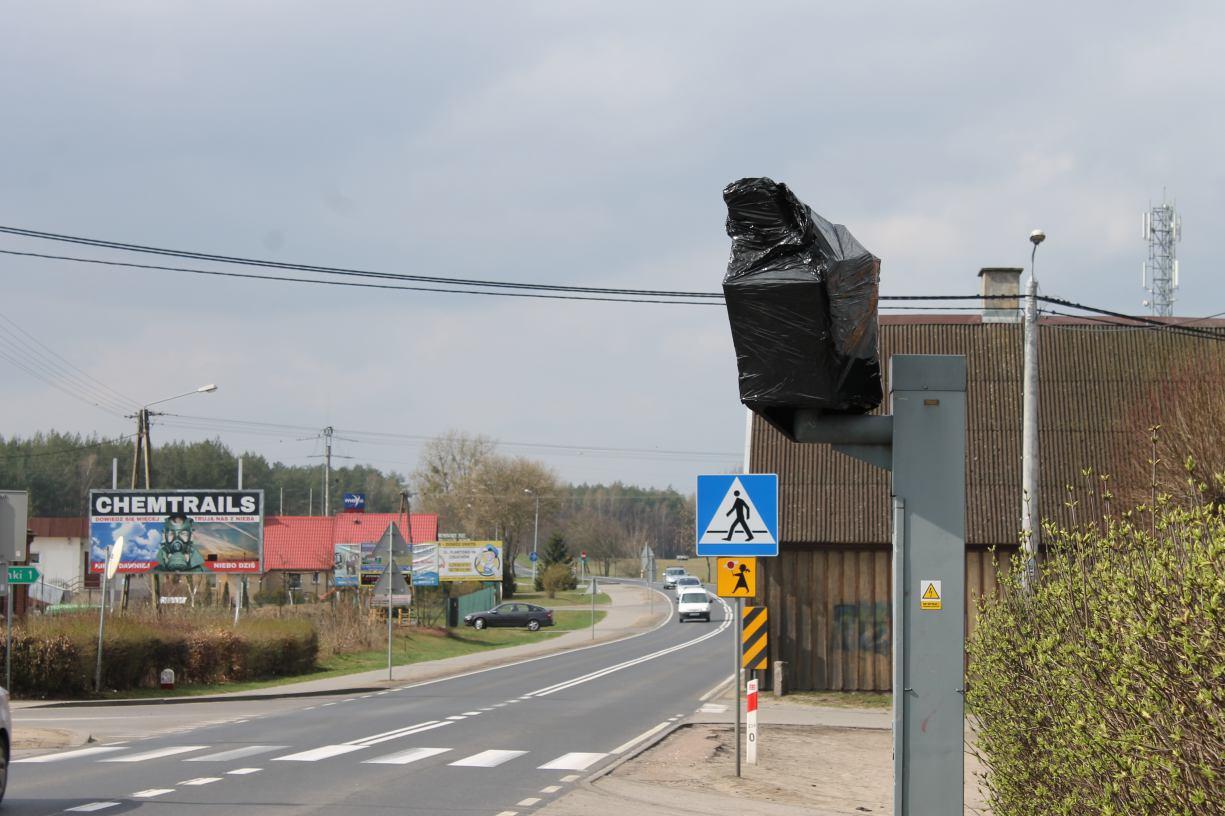 Fotoradary w gminie Człuchów w końcu oklejono folią