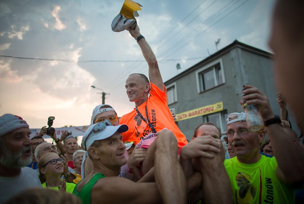 Ryszard Kałaczyński przebiegł 366 maratonów w 366 dni! FOTO