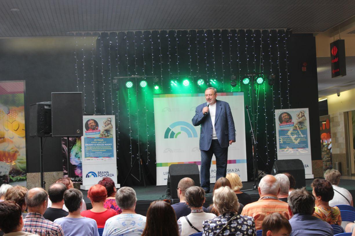 Tadeusz Drozda wystąpił dla Mam w Bramie Pomorza