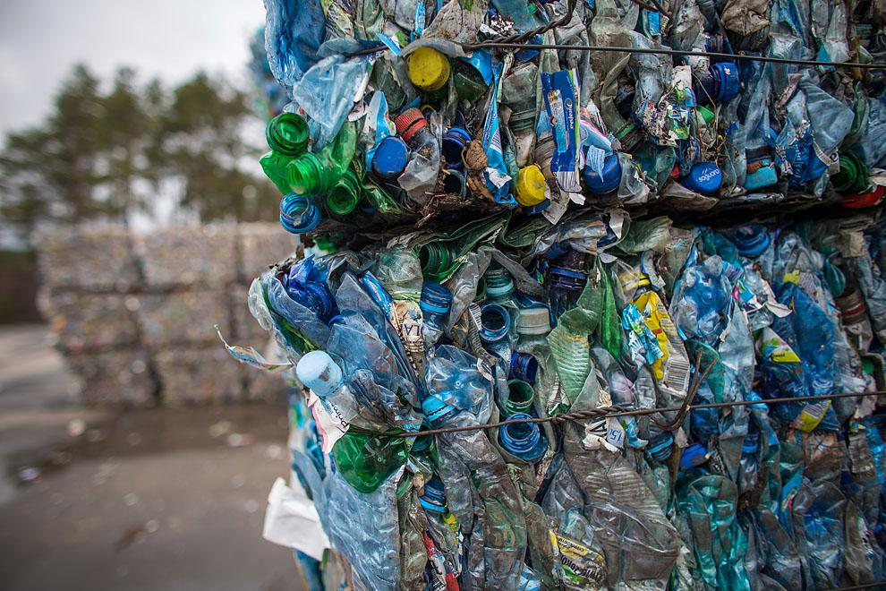 Oferty przetargowe na wywóz odpadów na terenie gminy Bytów dużo droższe, niż zakładano
