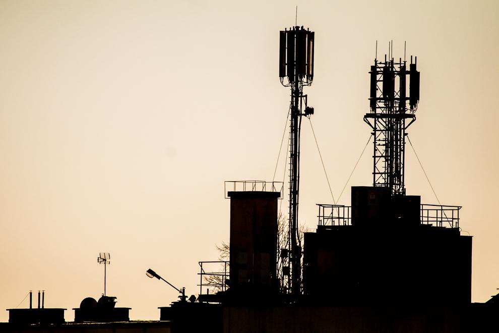 Rząd chce zmusić operatorów telefonii komórkowej do zakupu agregatów