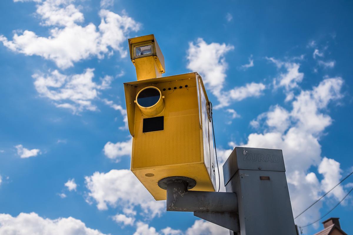 Na drodze krajowej nr 20 jest nowy fotoradar. Ustawiono go w Półcznie na prośbę mieszkańców miejscowości ROZMOWA