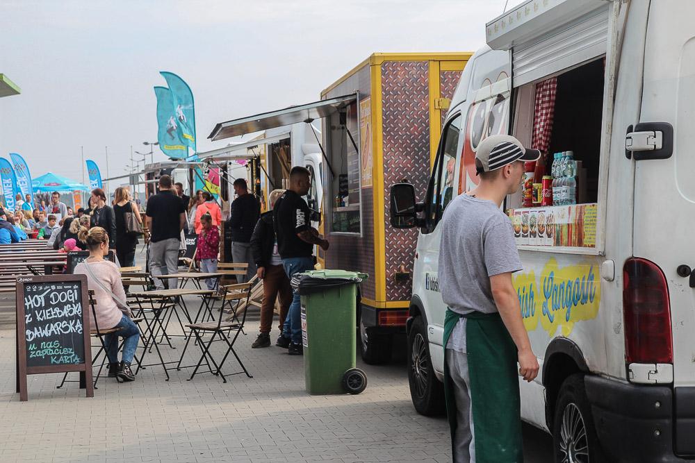 Plejada smaków czyli Zlot Food Tracków w Bramie Pomorza FOTO