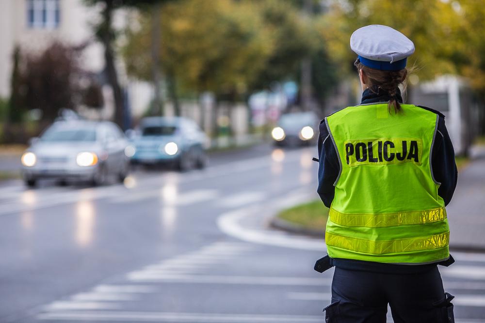 Mieszkaniec Człuchowa przekroczył prędkość i uciekał przed policjantami. Grożą mu nawet 3 lata za kratami