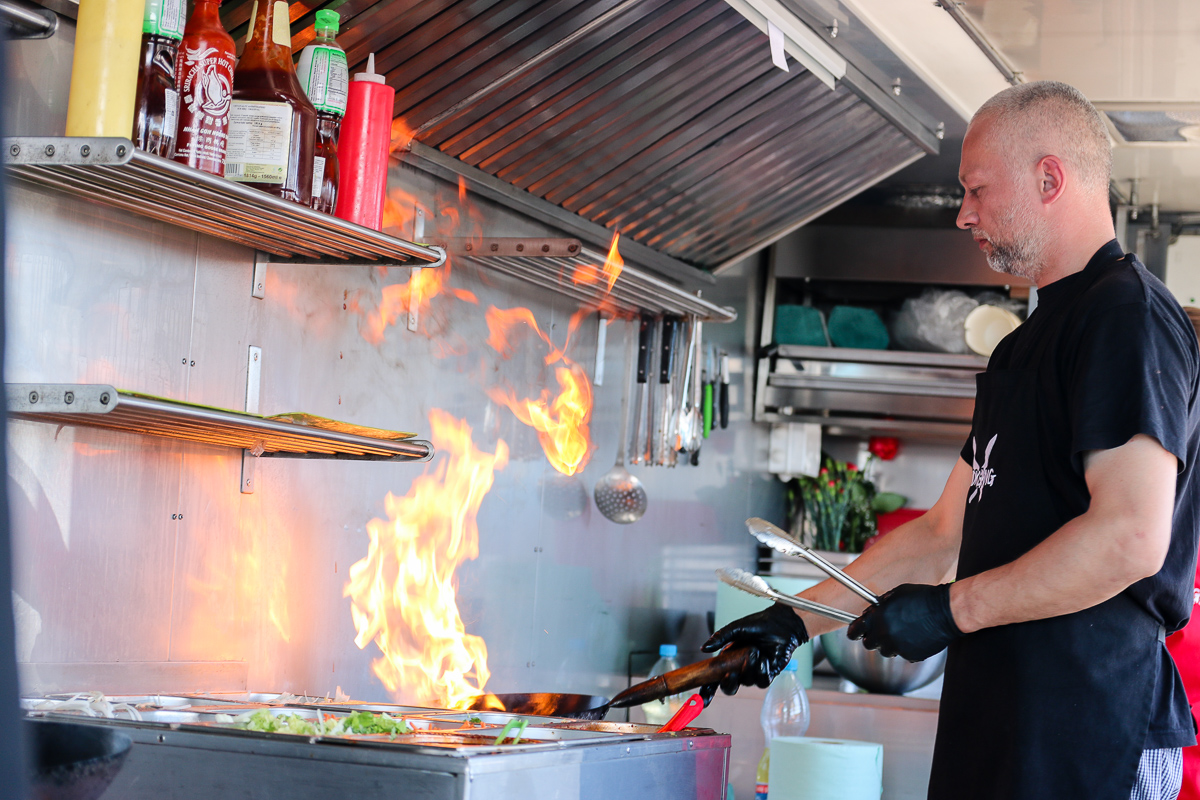 II Plejada Smaków Food Trucków. Posłuchaj relacji Weekend FM z Galerii Brama Pomorza