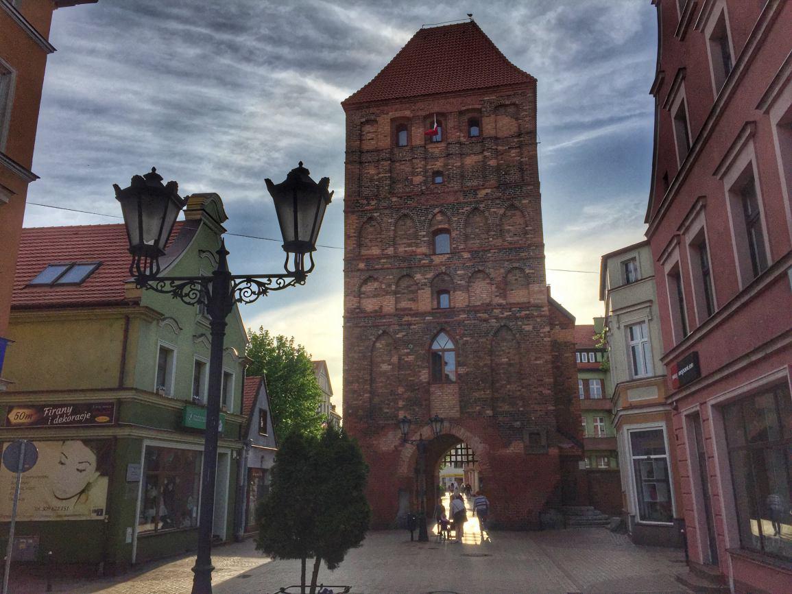 Chojnicki ratusz zapyta mieszkańców o zdanie w sprawie wprowadzenia dwujęzycznych tablic z nazwą miasta