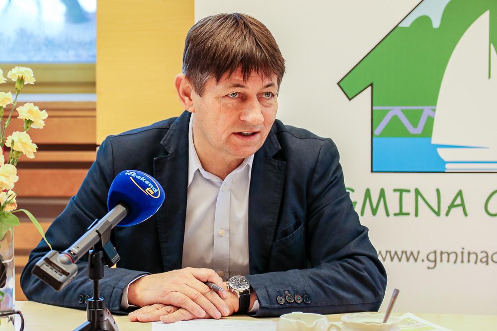 Nie może być podziału na nauczycieli pracujących w mieście i gminie - mówi wójt gminy Chojnice