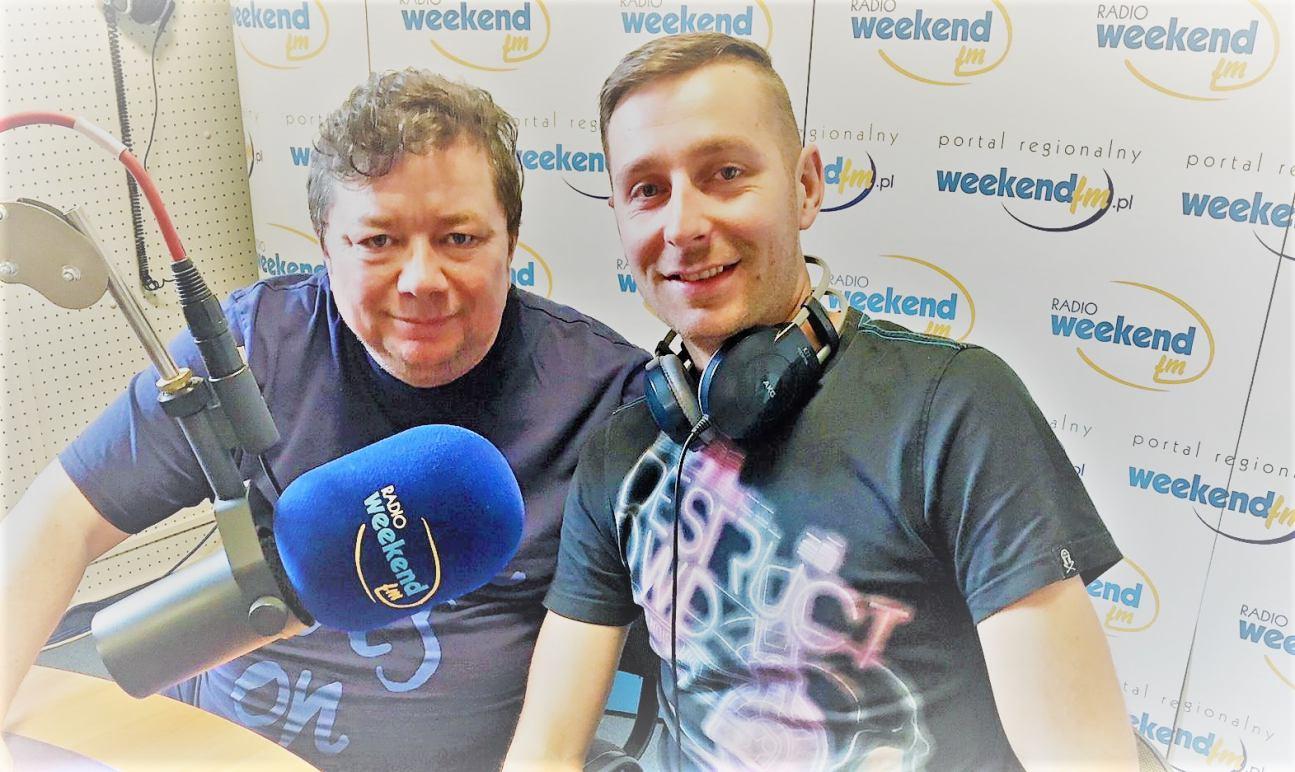 CASPROV wczoraj zdobył nr 1 w Hit Porcie Weekend FM! Dziś obudził go Ranny Powstaniec ;-)