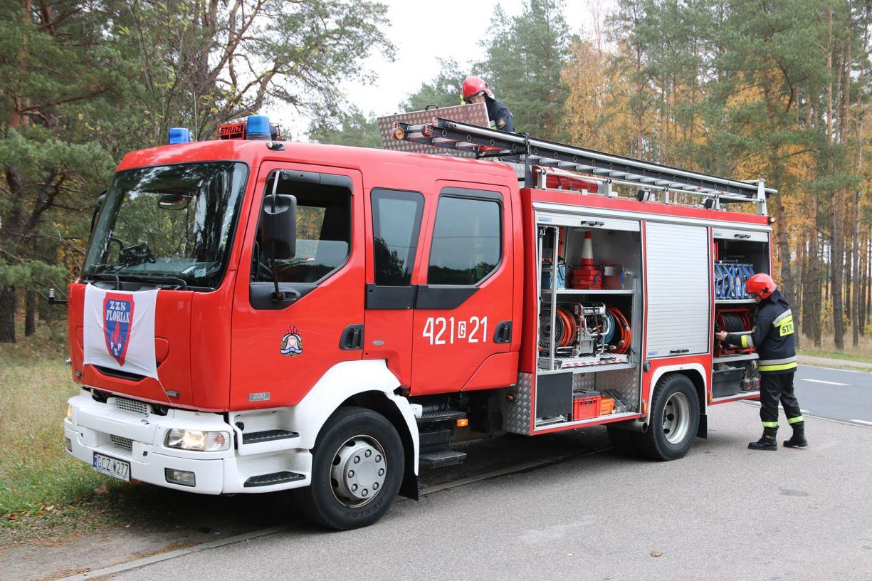 Jedna osoba została poszkodowana wskutek kolizji na drodze krajowej nr 22 w powiecie człuchowskim
