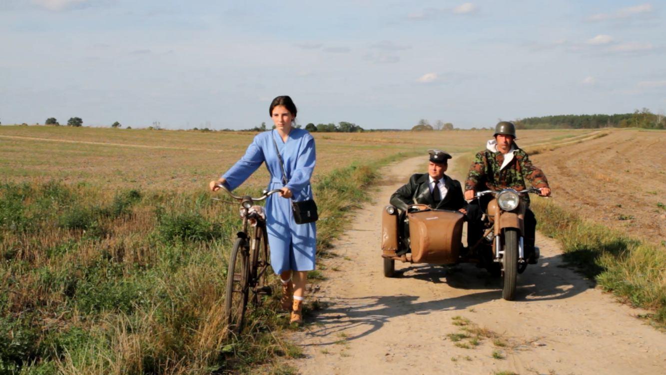 Grupa pasjonatów nagrała historyczny film o bohaterskim sklepikarzu ze Swornegaci. Premiera w niedzielę w Konarzynach