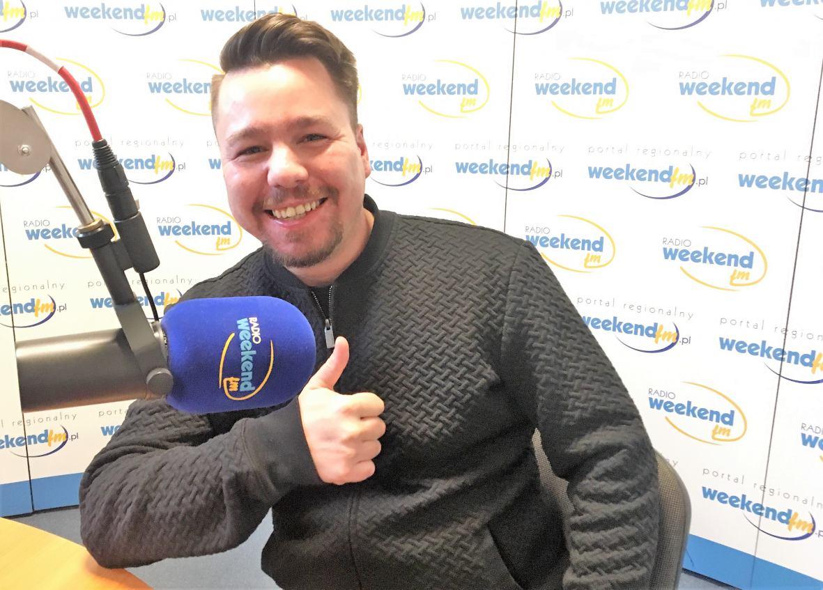 Nowego singiel chojnickiego składu ROOMX w Weekend FM. Klip zrealizowano na dworcu PKP w Chojnicach!