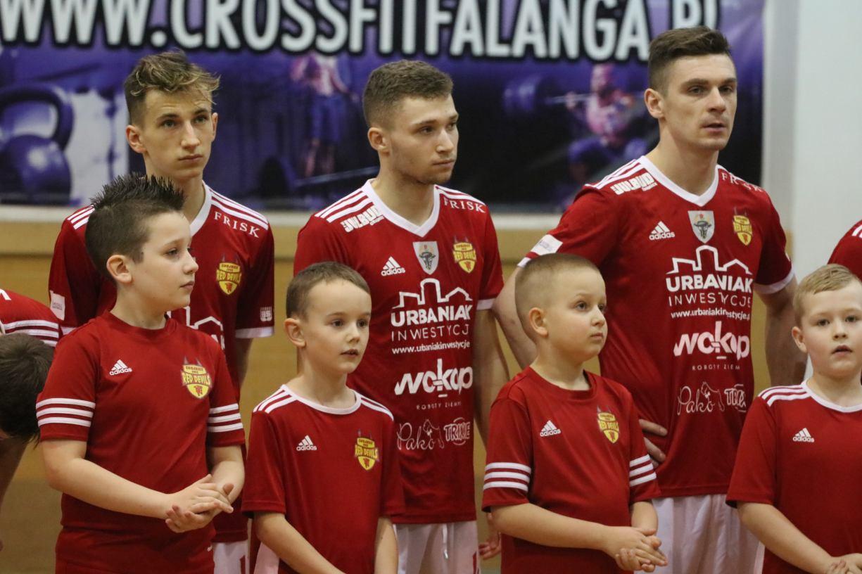 Drugoligowiec wyeliminował Red Devils Chojnice z Halowego Pucharu Polski