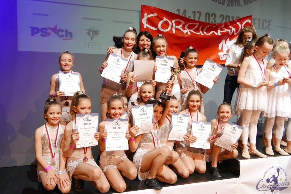Chojnickie cheerleaderki zdobyły wicemistrzostwo Polski