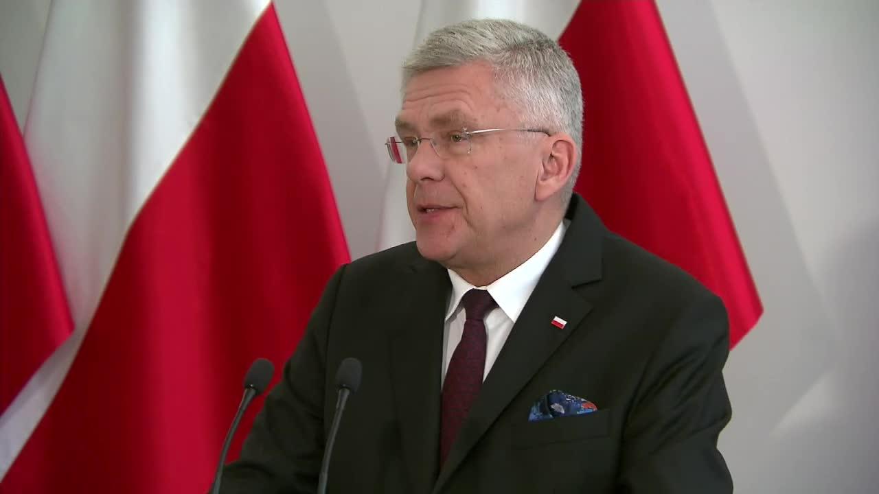 M. Kuchciński poleciał rządowym samolotem do domu? Opozycja zarzuca marnotrawstwo publicznych pieniędzy