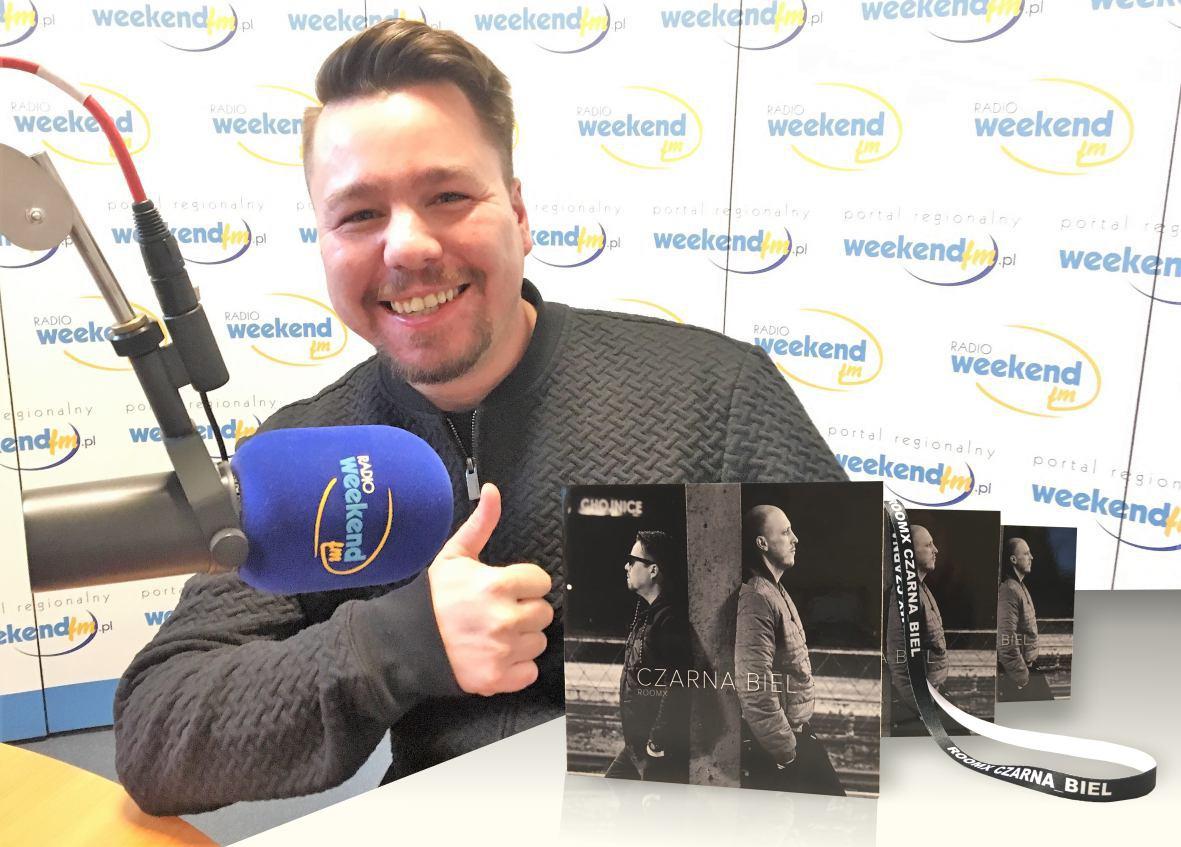 ROOMX z Chojnic wydał nową płytę. LP Czarna biel do wygrania w Weekend FM