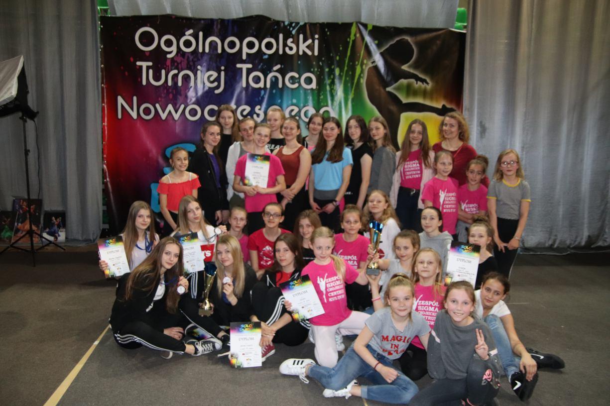 Sukcesy chojnickich tancerek w 14. Ogólnopolskim Turnieju Tańca Nowoczesnego w Bydgoszczy