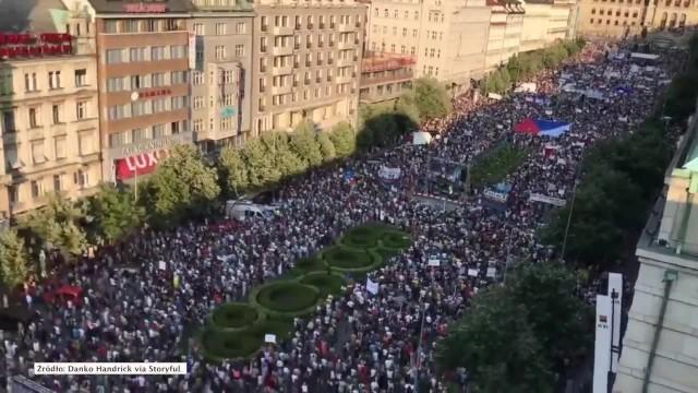 120 tysięcy ludzi domagało się w Pradze dymisji premiera Andreja Babisza