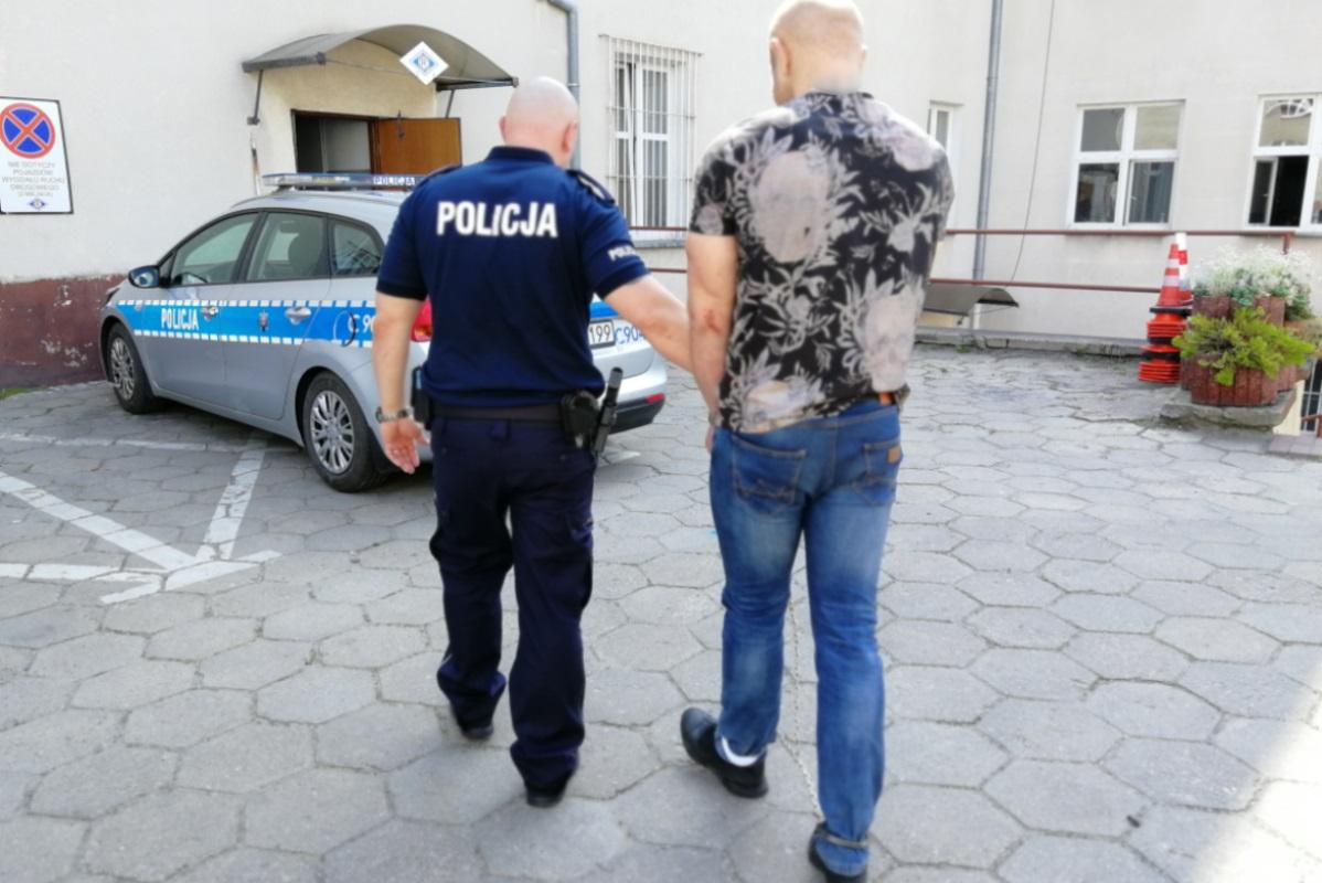 Sąd w Świeciu aresztował sprawcę rozboju na jednej ze stacji paliw