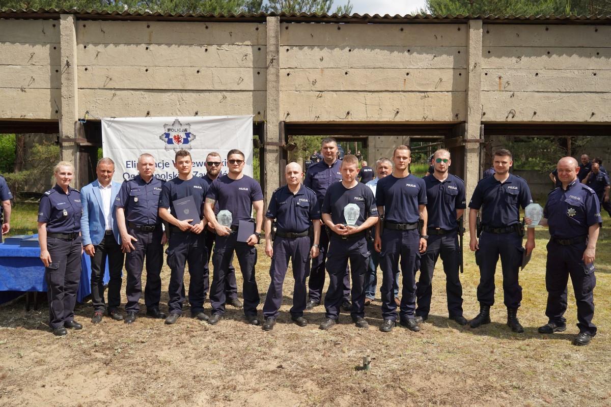 Policjanci z Tucholi byli najlepsi podczas wojewódzkich eliminacji zawodów dla par pełniących służbę w prewencyjnych patrolach