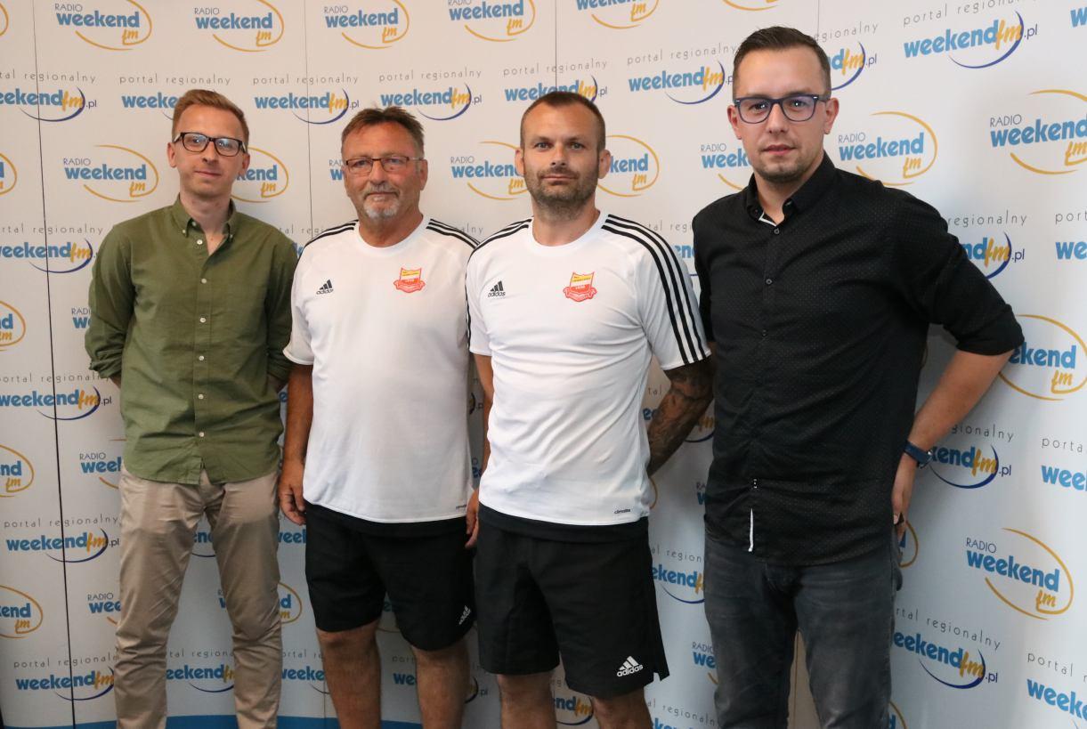 Czescy trenerzy Chojniczanki Josef Petřik senior i Josef Petřik junior w Weekend FM