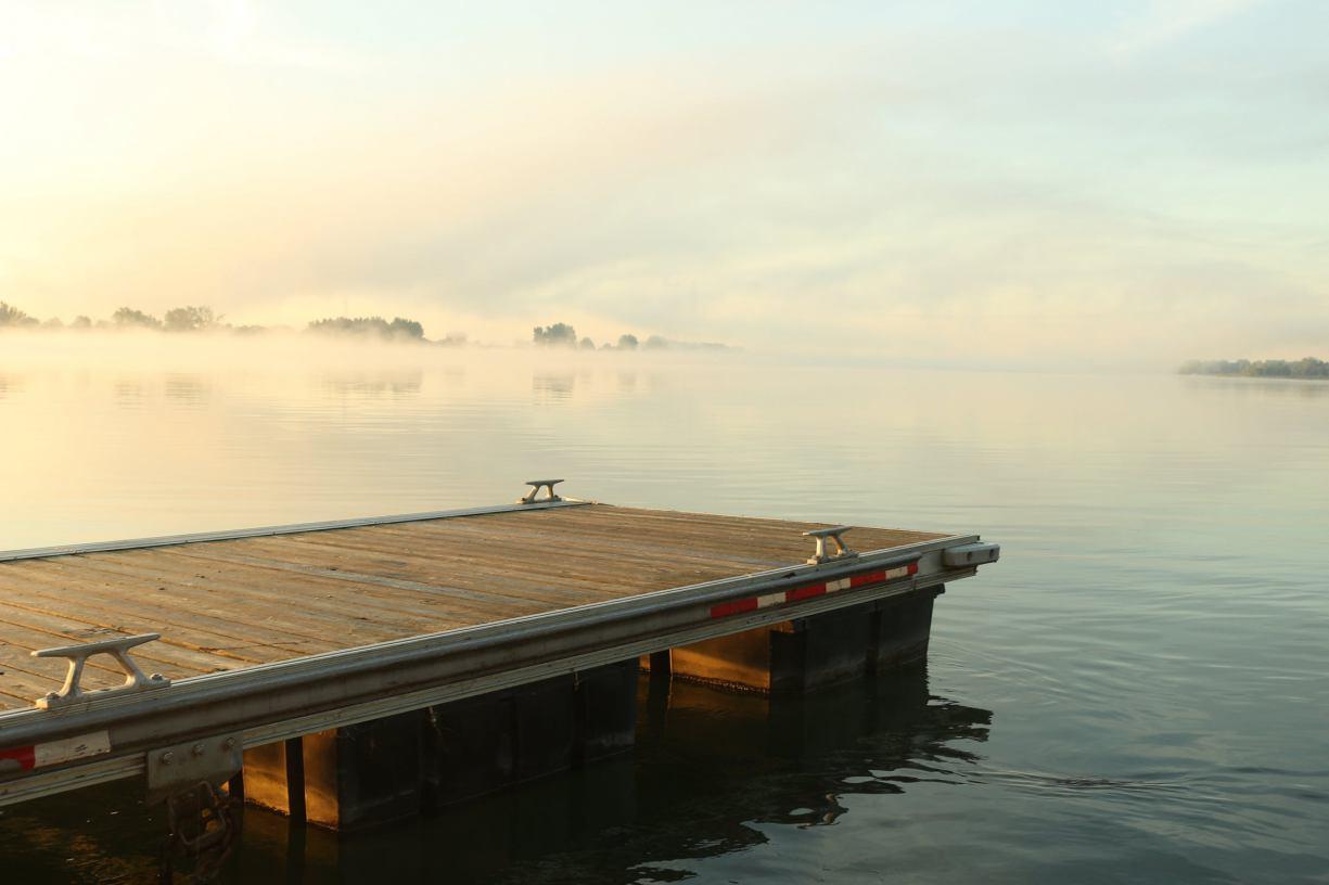 Tragedia koło Kościerzyny. 18-letni mieszkaniec powiatu kościerskiego utonął w jeziorze w miejscowości Szarlota