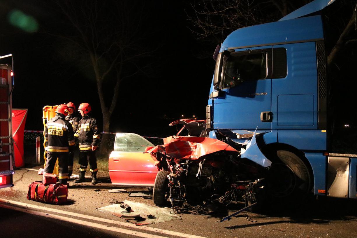 Prokuratura umorzyła śledztwo w sprawie listopadowego wypadku w Jęcznikach Małych. Śmierć poniosły wtedy trzy osoby
