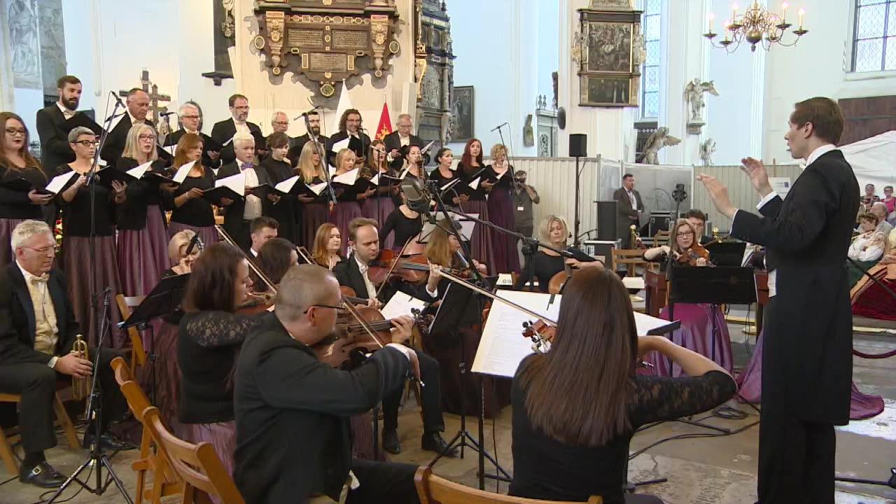 W Bazylice Mariackiej w Gdańsku zorganizowano koncert w hołdzie zamordowanemu prezydentowi Gdańska
