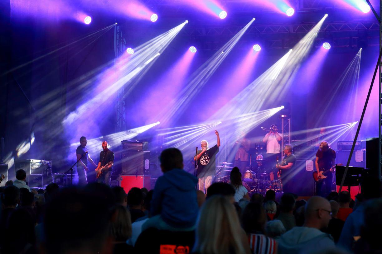 Kult wystąpił w Tucholi podczas finału 60. Dni Borów Tucholskich. Zobacz zdjęcia z koncertu