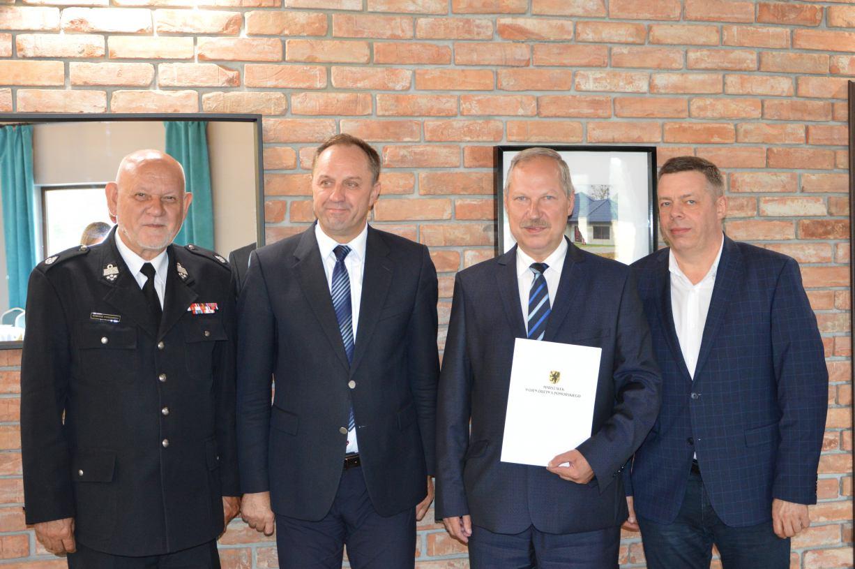 Urząd Marszałkowski dofinansował strażaków-ochotników z regionu