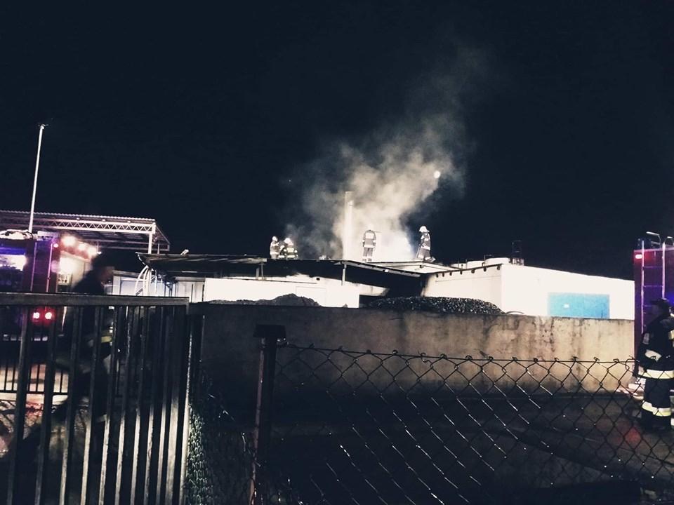 Pożar zakładu produkcyjnego w Iłowie w gminie Sępólno Krajeńskie