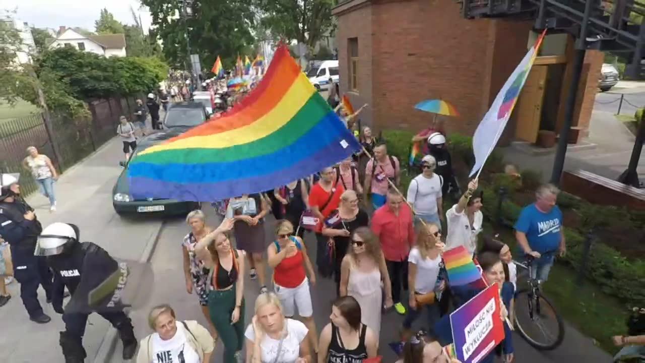 Pierwszy Marsz Równości przeszedł ulicami Płocka