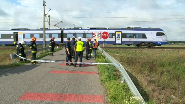 Matka i dwoje dzieci zginęli na przejeździe kolejowym w Kujawsko-Pomorskiem