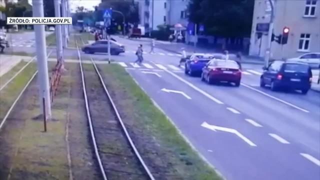 Dwaj nastolatkowie, którzy śmiertelnie potrącili staruszkę w Toruniu, są w rękach policji