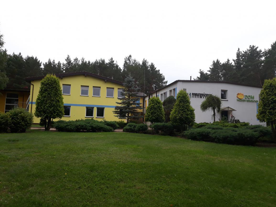 Powiat kościerski rozstrzygnął konkurs na stanowisko dyrektora Domu Wczasów Dziecięcych w Wygoninie