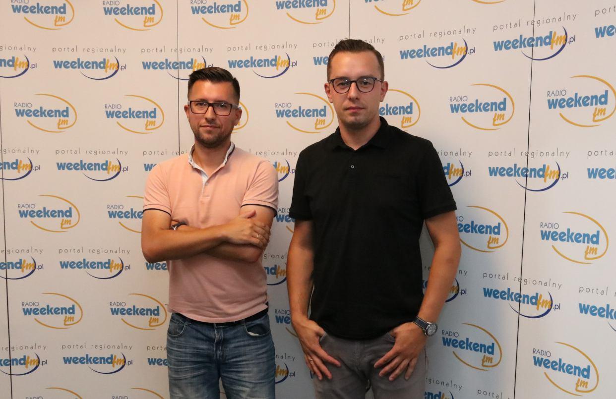 Zarządzał Chojniczanką, teraz rządzi w GKS-ie Tychy. Leszek Bartnicki w Weekend FM
