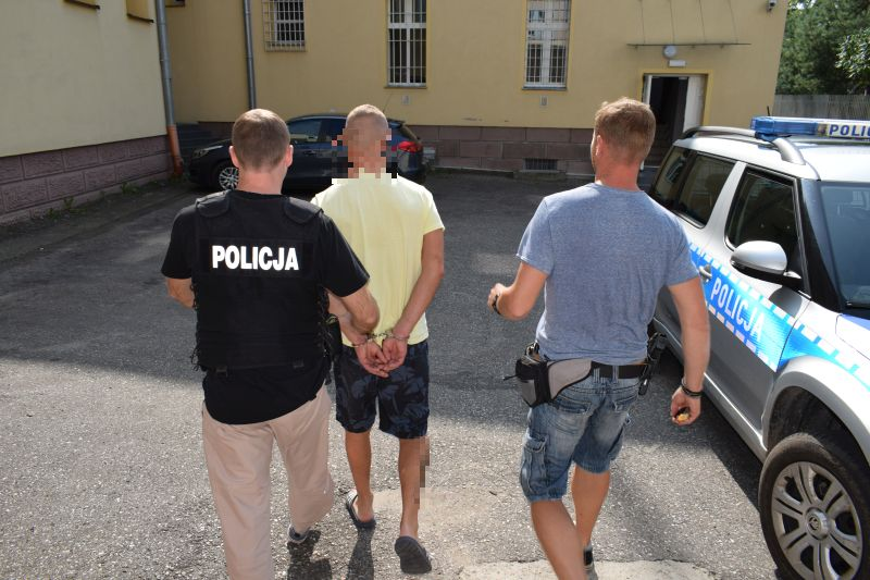 Wpadł z narkotykami - chojniccy kryminalni zatrzymali 28-latka z gminy Czersk