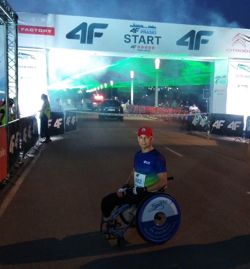 Sukces Lecha Słomińskiego z Kościerzyny w  Półmaratonie Praskim