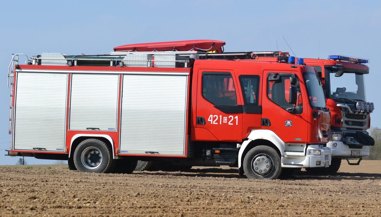 Powiat człuchowski dołożył po 25 tys. zł na nowe samochody dla strażaków