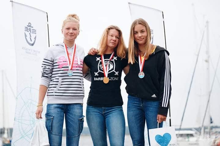 6 medali Mistrzostw Polski klas olimpijskich dla zawodników Chojnickiego Klubu Żeglarskiego