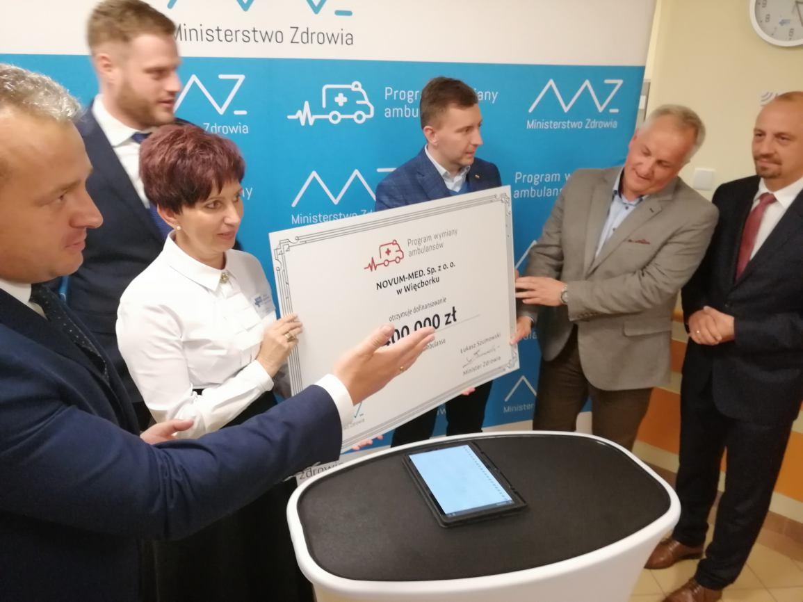 Rządowe dofinansowanie na  karetkę także dla Szpitala Powiatowego w Więcborku