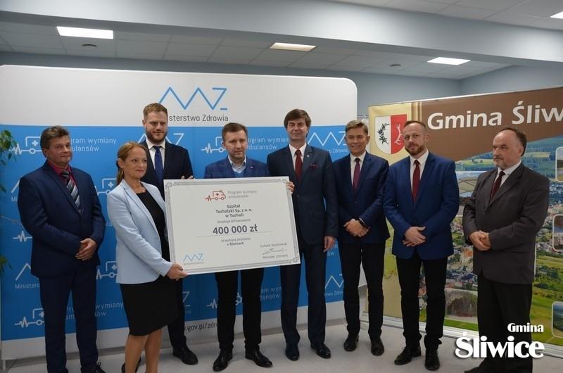 Nowa karetka z rządowym dofinansowaniem trafi także do powiatu tucholskiego
