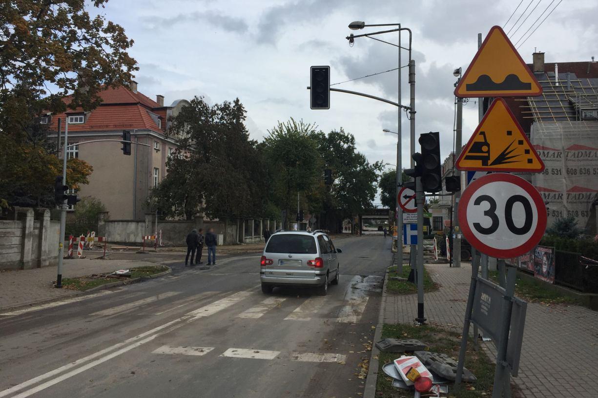 Skrzyżowanie na ul. Dworcowej w Chojnicach otwarte dla ruchu